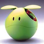 球体のドローンってなんか可愛い。遠くへ飛ばすとかスピードとかなくていいから、ハロみたいになって欲しい。